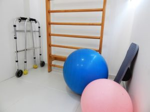 physical therapy 1198344 640